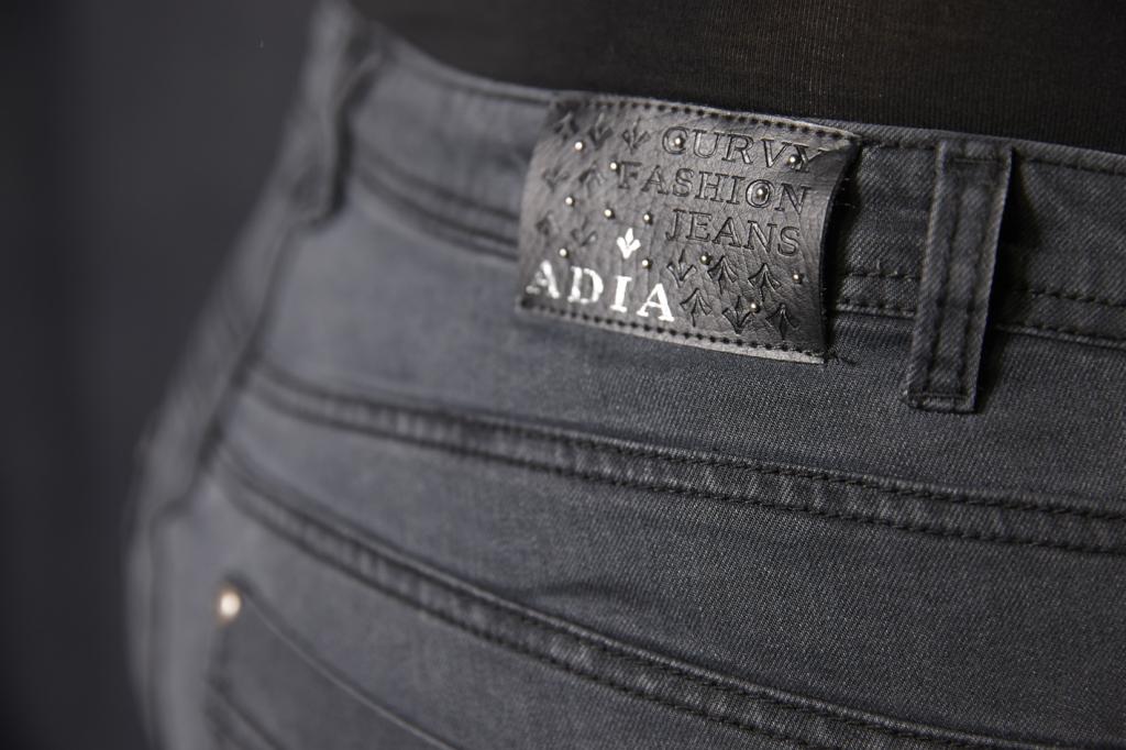 jeans adia